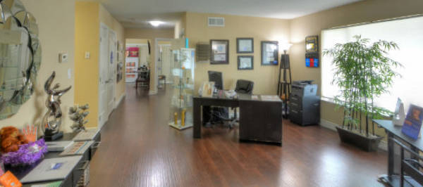 Elite Medical Aesthetics Rocklin Dr Ray Bayati reception 2